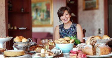 Antonietta Polcaro prepara la torta saker